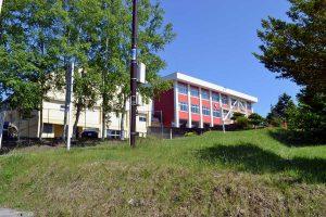 いずみの学校 校舎